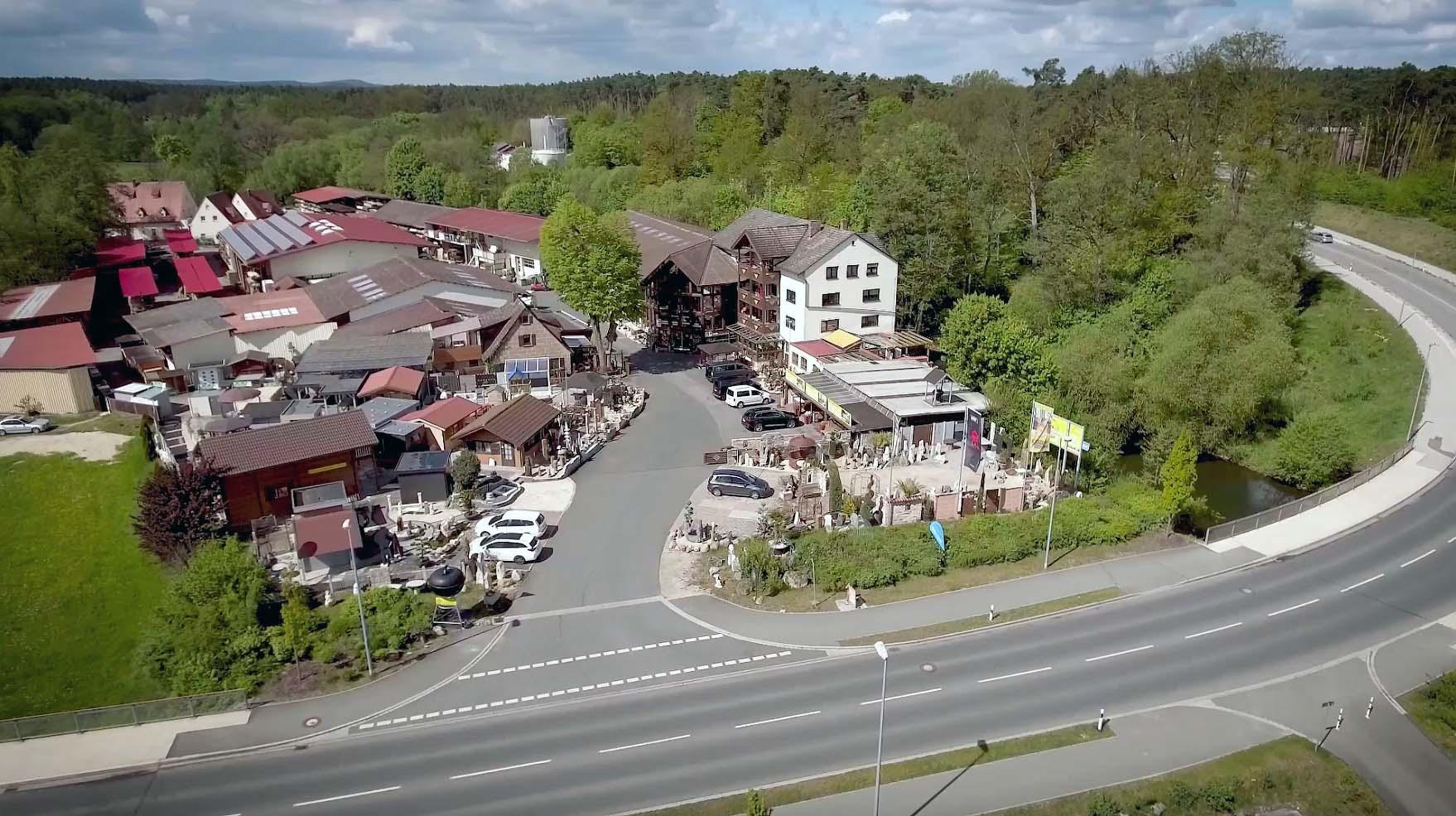 Grillen Grillgerate Grillkurse Terrassen Zaun Parkett